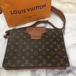 LOUIS VUITTON sac courcelles city bag monogram